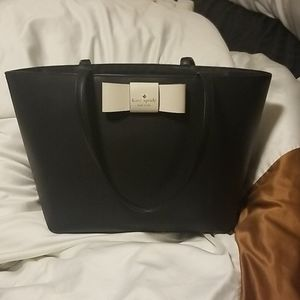 Kate spade bow front tote bag.